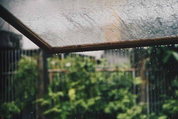 undgå indekuller i regnvejr